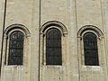 Périgueux église St Étienne chevet ouvertures.JPG