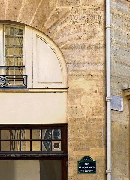 Fichier:P1240924 Paris IV rue Francois-Miron plaques rwk.jpg