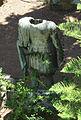 Palazzo dei gran maestri di rodi, giardino, statua bronzea.JPG