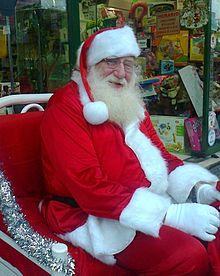 Papa Noel volverá en abril para dar más regalos