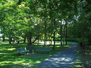 Pointe-aux-Prairies Nature Park - Image: Parc nature de la Pointe aux Prairies 07
