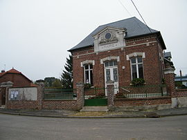 The town hall in Parvillers-le-Quesnoy