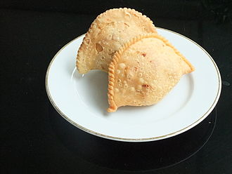 Curry puff - Indonesian pastel with vegetables and beef inside