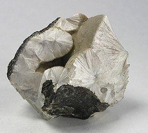 Pectolite-112882.jpg