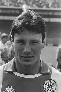Frank Stapleton Irish former football player and manager