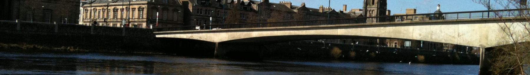 The Queens Bridge with the River Tay flowing below