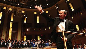 Philip Brunelle - Philip Brunelle takes a bow at the end of the concert America Sings! in 2006.