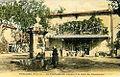 Piolenc Fontaine et Café du Commerce.jpg