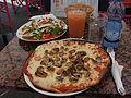 Pizza Frutti di Mare in Monaco.jpg