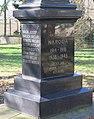 Pomník padlým v Komenského ulici v Dobroměřicích (Q78789560) 01.jpg