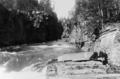 Portarna, Hällingsån 1930-talet.png