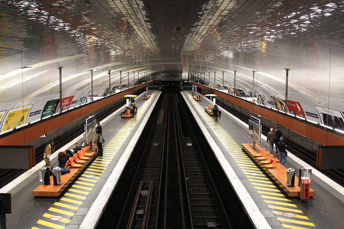 - Porte de charenton metro ...