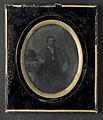 Porträtt av medelålders man, knäbild. 1850-1860-tal - Nordiska Museet - NMA.0054070 1.jpg