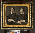 Portrait of two unidentified women, twins (4419916445).jpg