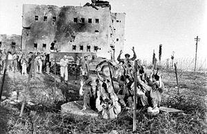 Operation Shmone - Egyptian prisoners taken at Iraq Suwaydan under bombardment