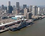 Public Domain USS IWO JIMA in New Orleans Robert Jay Stratchko, 2005 (DOD 050910-N-8933S-001) (690281003)