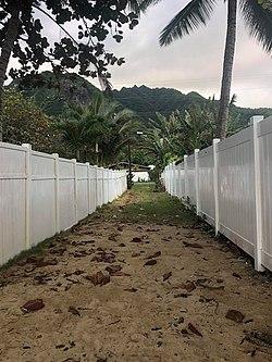 Punaluu, Oahu, Hawaii.jpg