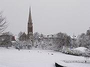Queen's Park, Glasgow. Looking towards Queen's Park Baptist Church in winter.