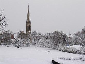 Queen's Park, Glasgow - Queen's Park in winter, looking towards Queen's Park Baptist Church.