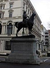 Statue of Robert Napier, 1st Baron Napier of Magdala
