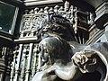 Queen Alexandra Memorial, Marlborough Gate, London (2).jpg