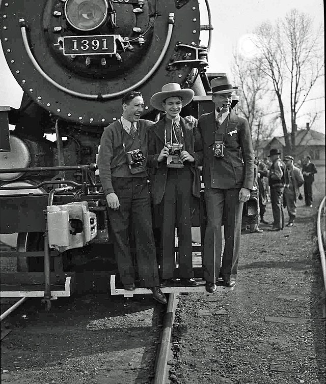 Railfan - Wikiwand