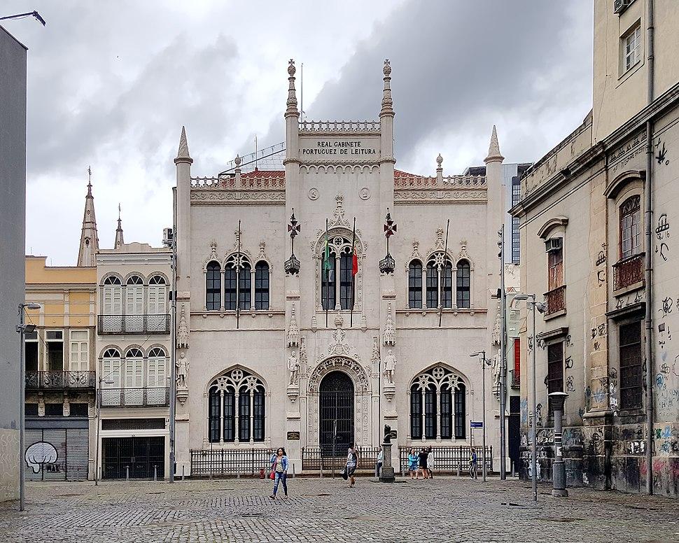 Real Gabinete Português de Leitura 11-18
