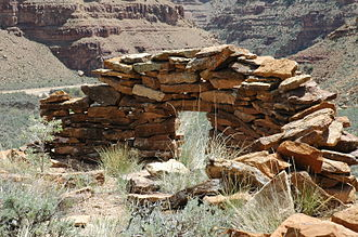 Nine Mile Canyon - Stone shelter at Redman Village
