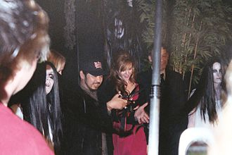 The Grudge 2 - Shimizu and Tamblyn cutting the ribbon at the premiere of The Grudge 2.