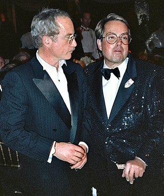 Richard Dreyfuss - Dreyfuss and producer Allan Carr at the Governor's Ball after 1989 Academy Awards