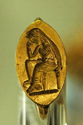 Penelope - Gold intaglio ring, Syria, last quarter of the 5th century BC (Louvre Museum)