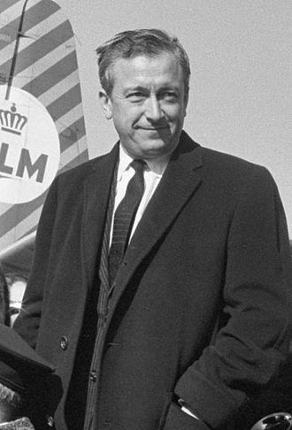 Robert Dhéry - Robert Dhéry in 1962