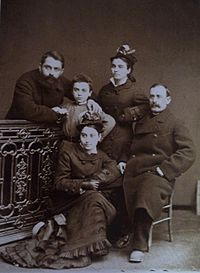 Roinashvili. Giorgi Kartvelishvili and Mose Janashvili with his family.JPG
