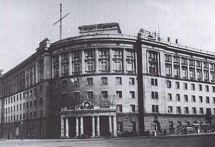 マンレールウェイ大連港事務所ビル