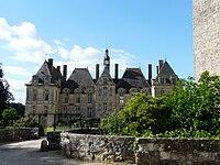 Saint-Loup-sur-Thouet château.JPG