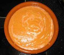Il salmorejo è una zuppa dal caratteristico colore arancione
