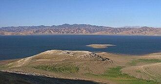 San Luis Reservoir - Image: San Luis reservoir