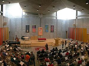 English: Sanctuary of First Unitarian Church o...