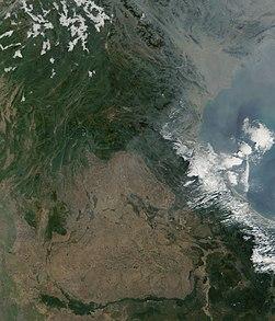 Satellite image of Laos in January 2002.jpg