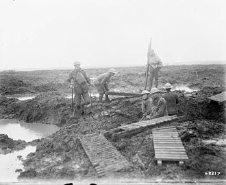 Second Battle of Passchendaele - Image: Second Battle of Passchendaele laying trench mats