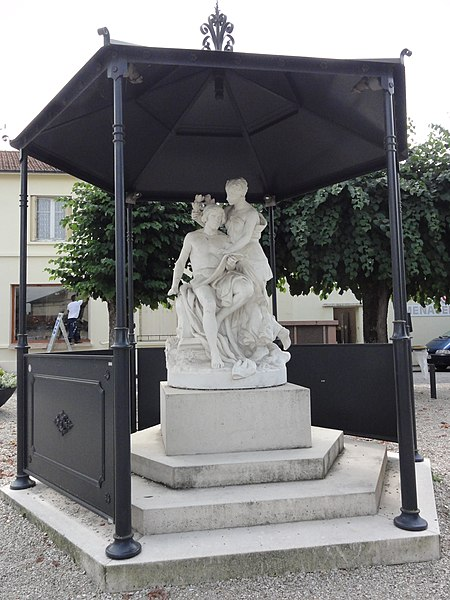 Sermaize-les-Bains (Marne) statue symbole musique