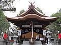 Shinodamori-kuzunoha-inari-jinja haiden.jpg