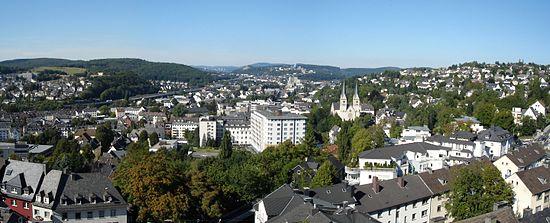 Siegen Aussicht Oberes Schloss Schlosspark.jpg