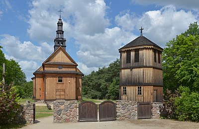 Sierpc, Muzeum Ziemi Mazowieckiej, kościół Najświętszego Serca Jezusowego z Drążdżewa.jpg