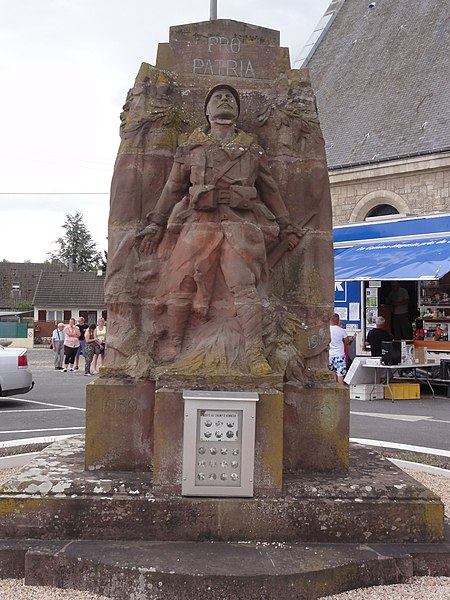 Sinceny (Aisne) monument aux morts