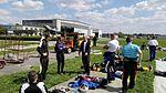 Skoczkowie spadochronowi na starcie spadochronowym 2016.05.07 (02).jpg