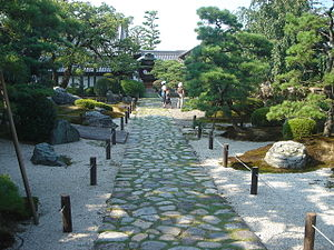 Sōfuku-ji (Gifu) - The inner path up to the temple