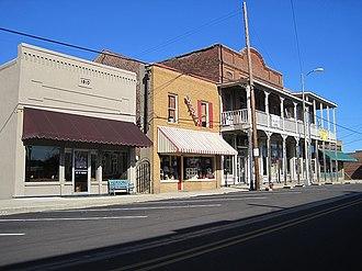 Somerville, Tennessee - Image: Somerville TN 01 2012 009