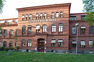 Sophiahemmet - Image: Sophiahemmet Stockholm front 20060509
