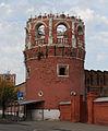 South-west corner tower of Donskoy Monastery.jpg